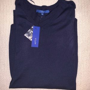 Apt. 9 navy v-neck sweater NEW W/ TAGS